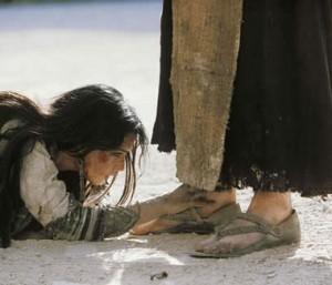 beggar-at-Jesus-feet